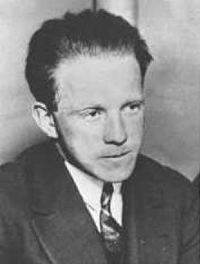 What this quote mean by Werner Heisenberg? (10 points for the best answer)?
